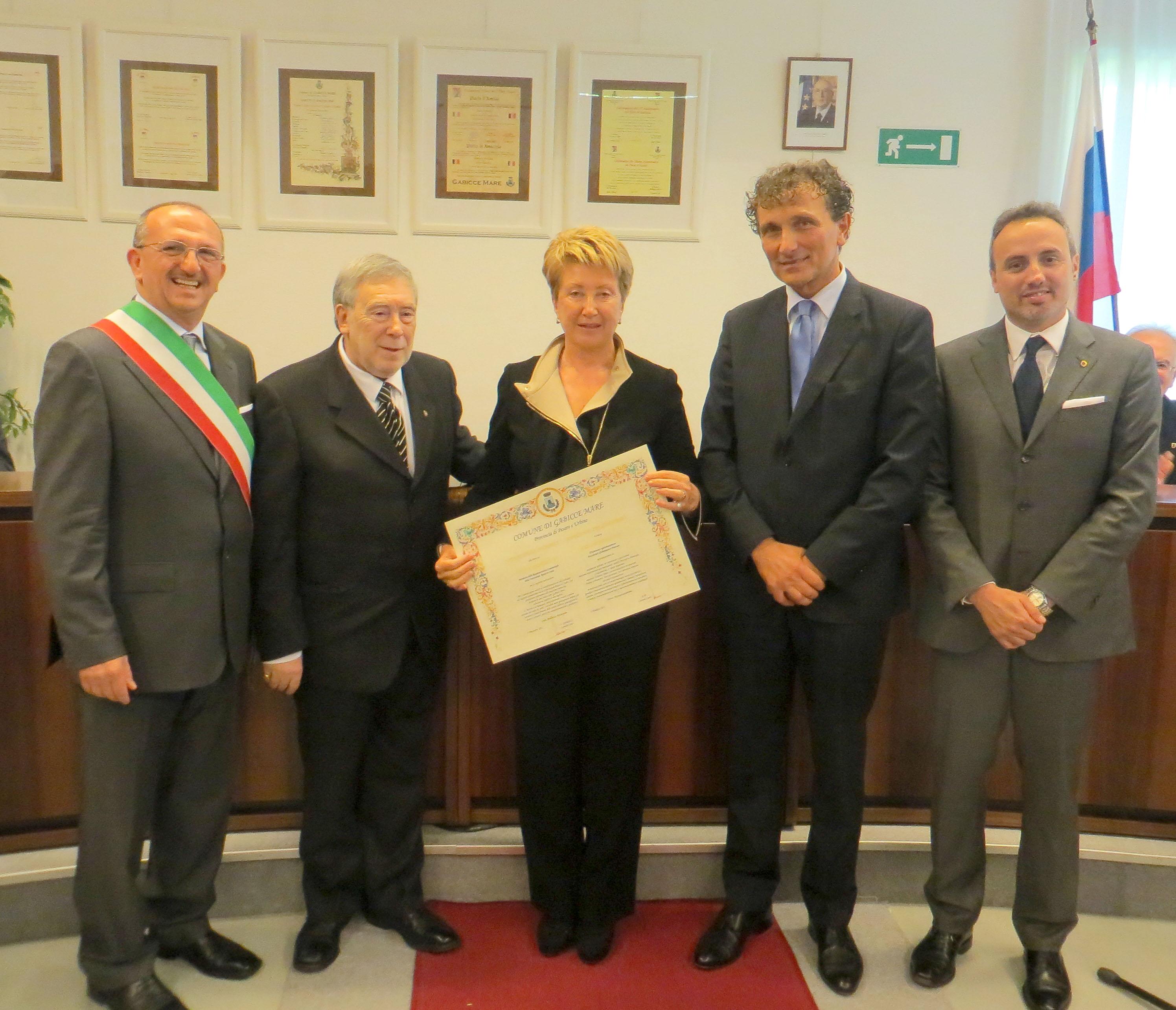 Conferita la cittadinanza onoraria di Gabicce Mare a Natela Scenghelija, Presidente della Rappresentanza Commerciale della Federazione Russa nella Repubblica Italiana.