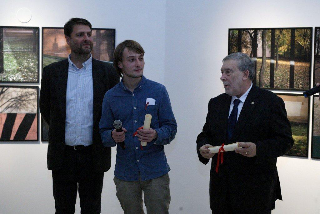 Premiato il giovane pittore russo Andrey Abramov al Concorso internazionale per i giovani artisti Centro Periferia