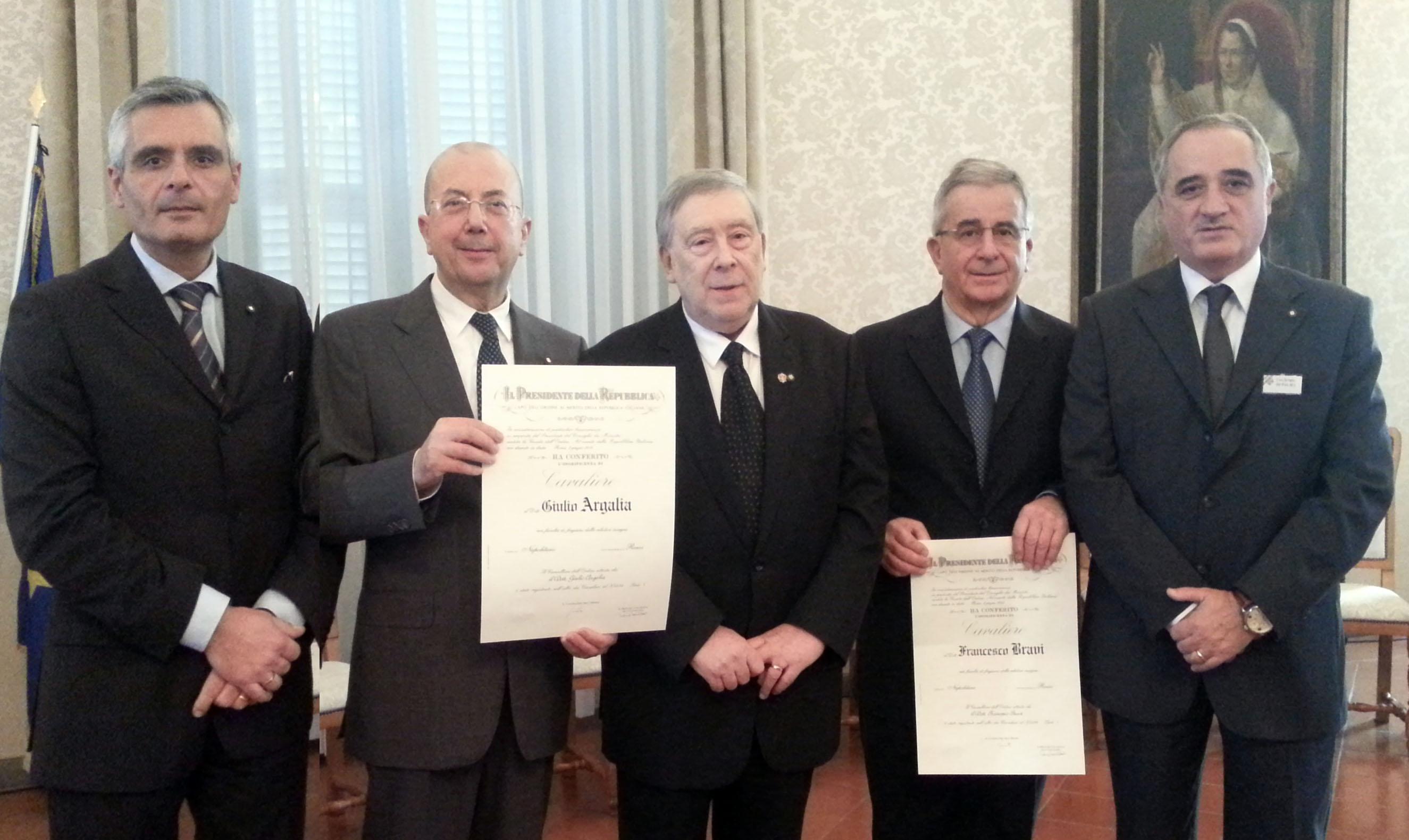 CONSEGNATE IN PREFETTURA LE ONORIFICENZE DELL'ORDINE AL MERITO DELLA REPUBBLICA ITALIANA