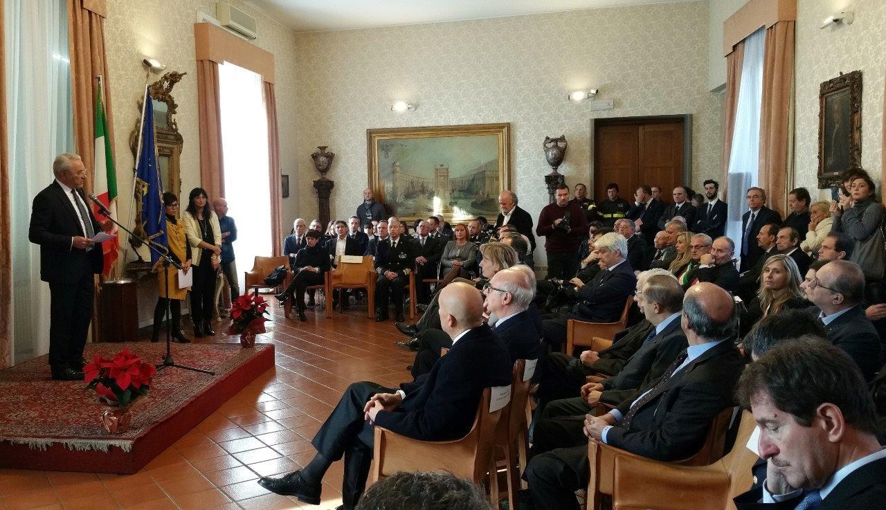 IL CONSOLE DI RUSSIA ALLA CONSEGNA DELLE BENEMERENZE AL MERITO DELLA REPUBBLICA ITALIANA
