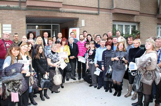 Eccezionale affluenza di votanti al seggio del Consolato di Ancona