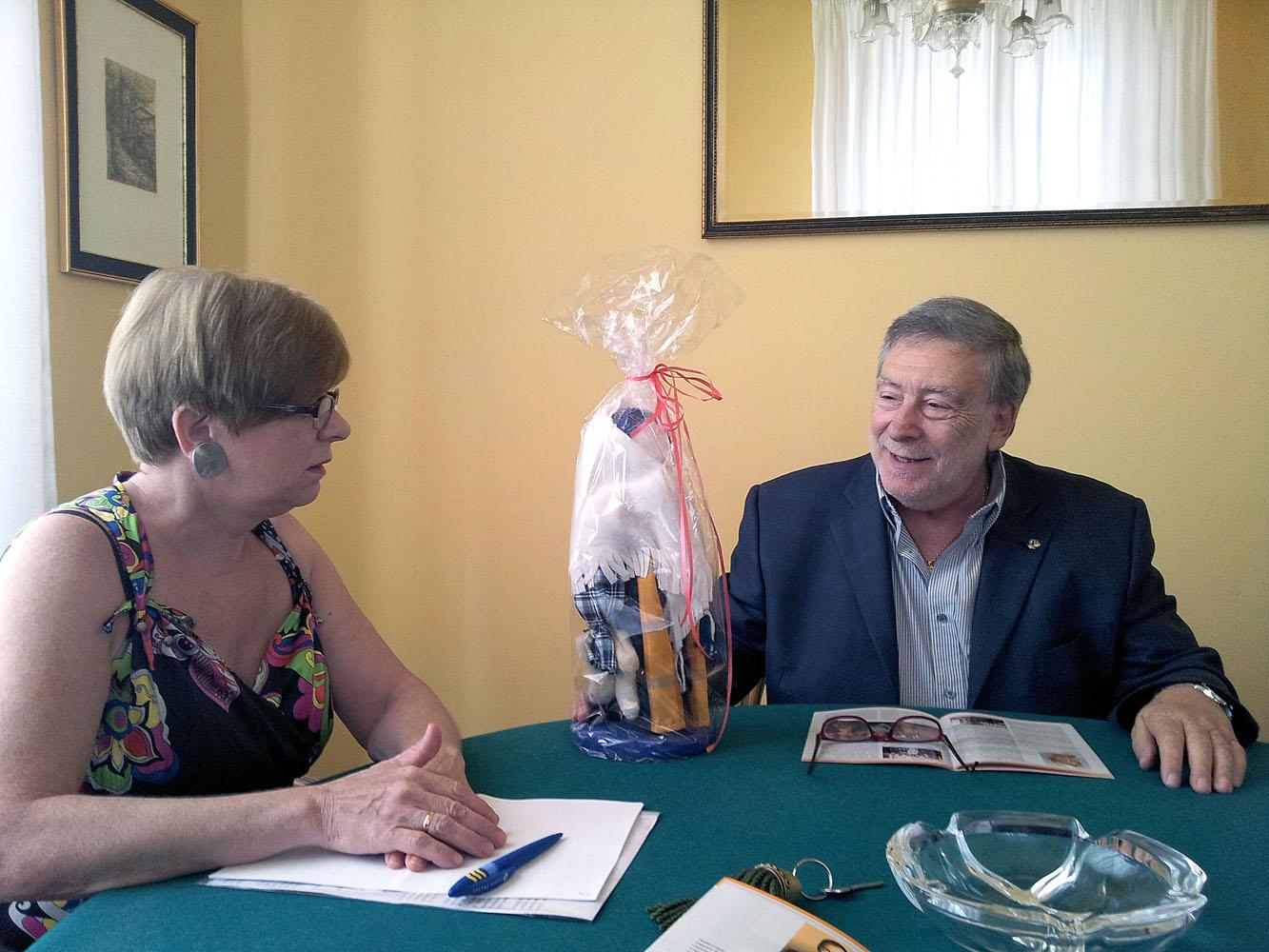 Incontro tra il Console Armando Ginesi e Elena Trukhanova per iniziative culturali anno 2013