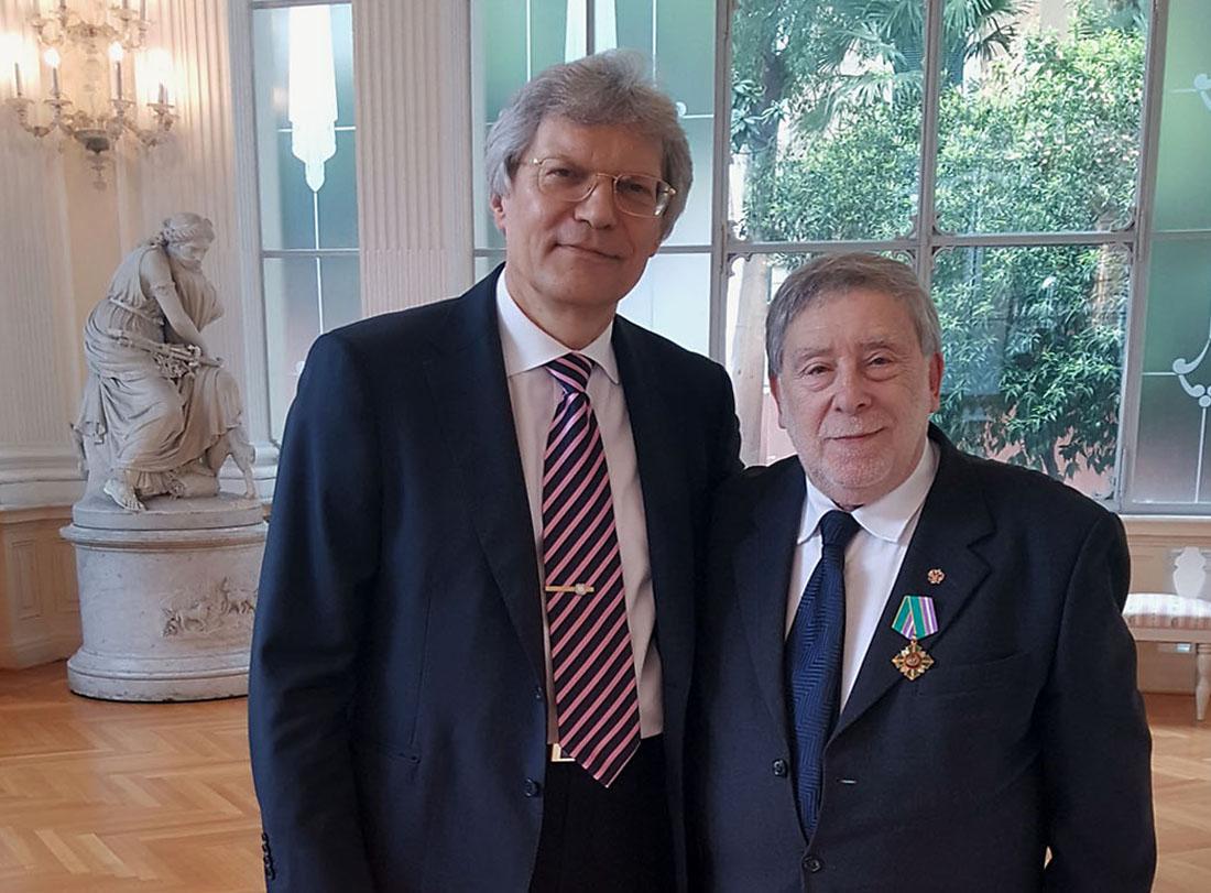 Gli Auguri dell'Ambasciatore Razov al Console Emerito Armando Ginesi