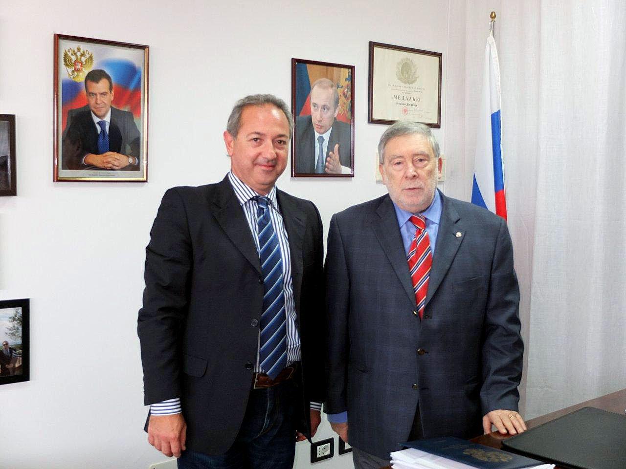 Il Presidente dell'Associazione Puglia-Russia in visita al Consolato di Ancona